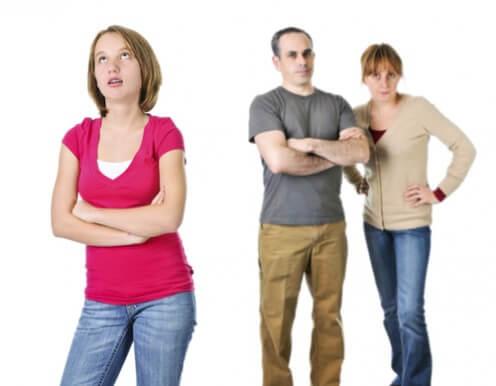 Взаимоотношения в родительской семье